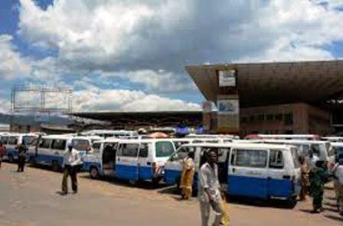 Article : Burundi : des bus et des billets qui se ressemblent